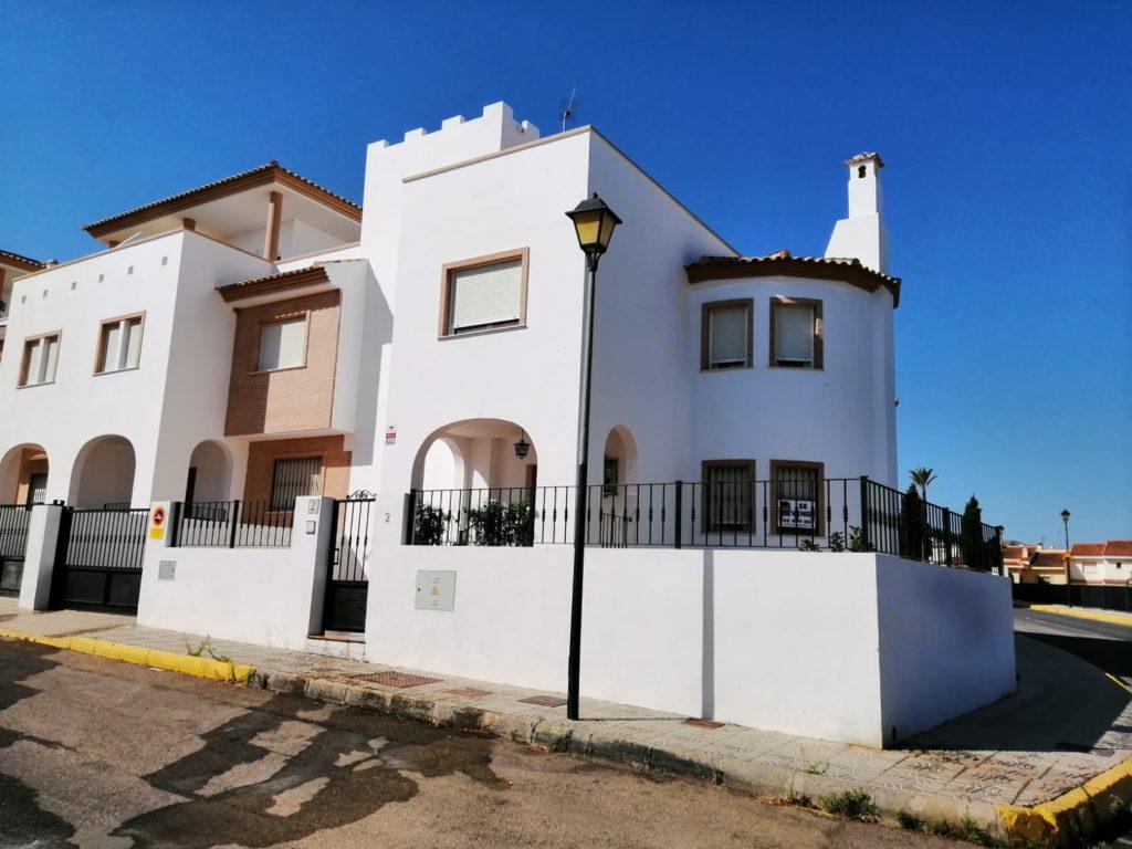 Casa semi-adosada en Turre REF: A1564