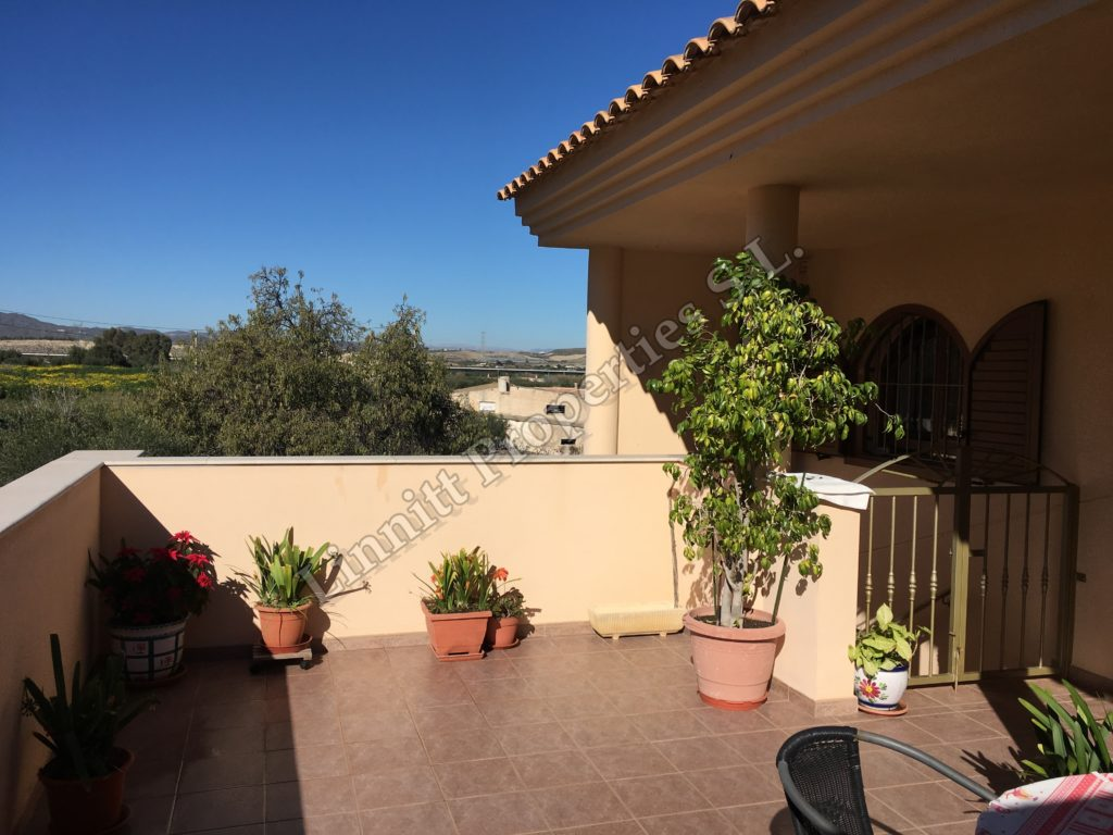 Townhouse + Apartment in Turre REF: A1578