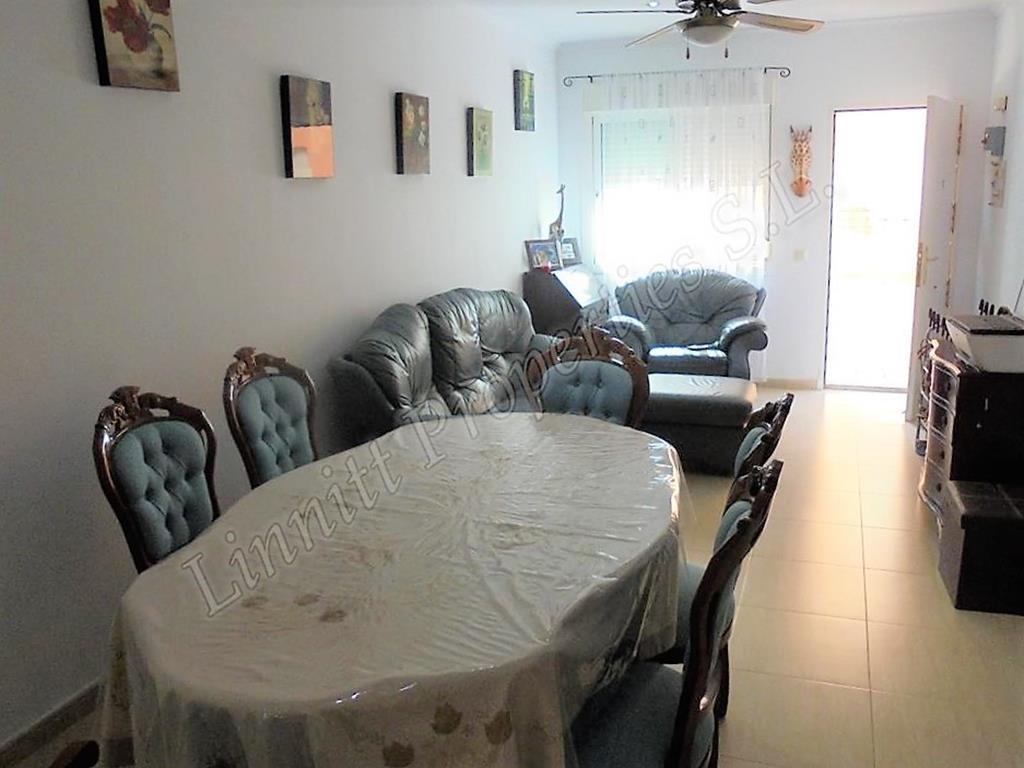 Apartamento de planta baja en Turre REF: A1596